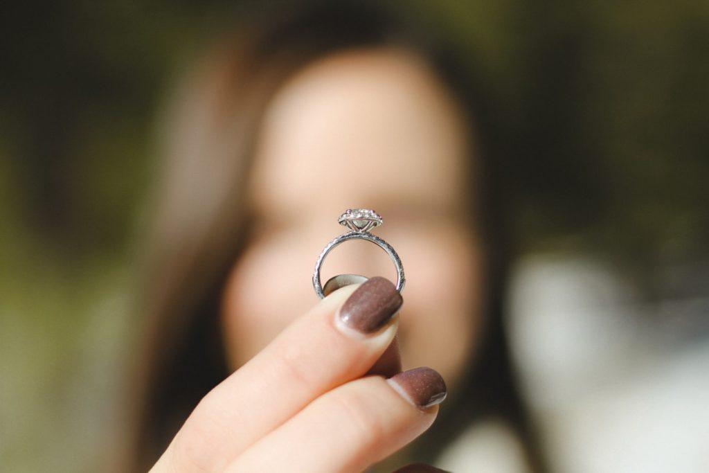 solitaire bague de mariage diamant conseil pour choisir